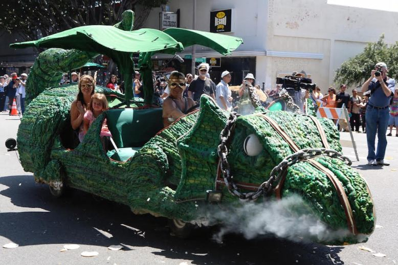 Doo Dah Parade dragon float