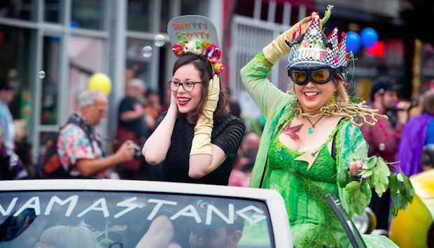 Pasadena Doo Dah Parade Queens